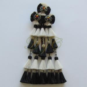 Mosquero Vaquero 25 Borlas Cerda Natural color blanco y negro