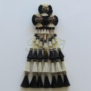 Mosquero Vaquero 35 Borlas  Cerda Natural color blanco y negro