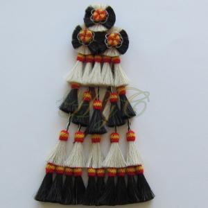 Mosquero Vaquero Bandera 25 Borlas Cerda Natural Color blanco y negro