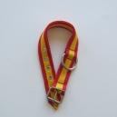 Collar perros bandera 2,50 cms ancho y 55 cm de largo.