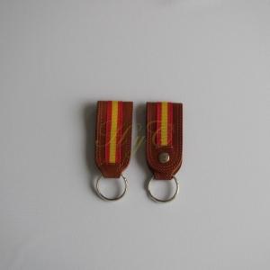 Llavero Cinturón piel bandera  avellana