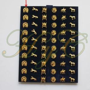 Pin dorado Herradura cabeza caballo